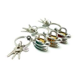 kl045-padlock-with-key-hanging-snake-1-5x4x3-5-cm