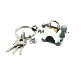kl053-05-ak-padlock-with-key-hanging-poodle-1-5x4x3-5-cm