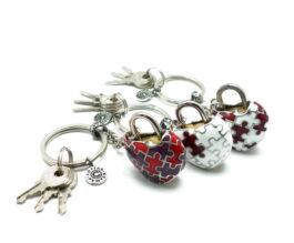 kl067-padlock-with-key-hanging-heart-jigsaw-1-7x3-2x4-cm