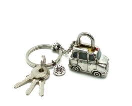 kl077-padlock-with-key-hanging-taxi-london-2x3-5x3-5-cm