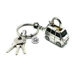 kl078-padlock-with-key-hanging-toyota-2x3-2x4-cm