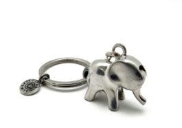 kr075-key-chain-elephant-moving-trunk-2x4x9-cm