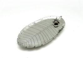 tr030-leaf-tray-with-monkey-11x23x2-cm